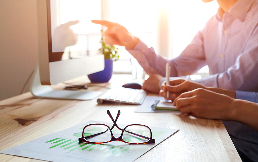 How to Get the Most Out of 1 on 1 Sales Coaching Meetings