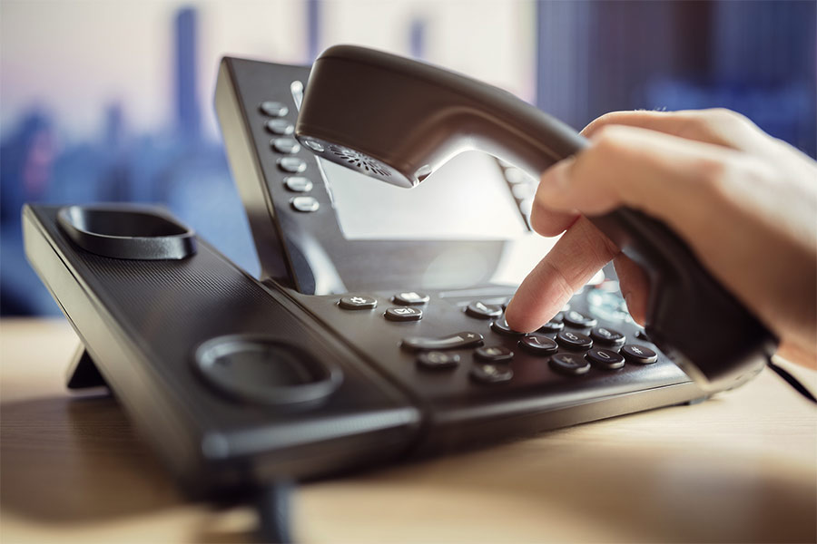 Why-Sales-Reps-Should-Leave-Voicemail-Messages