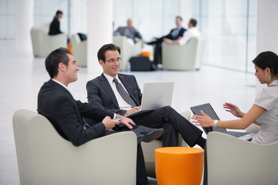 How to Ask the Right Questions During Sales Meetings