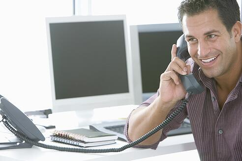 How to Maximize Response Rates From Your Sales Voicemails
