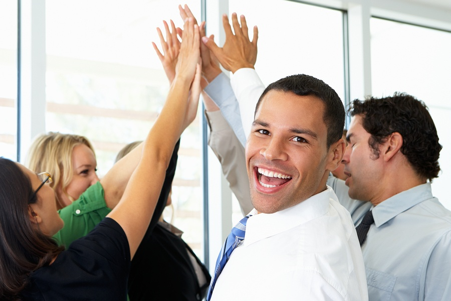 6 Critical Ways to Motivate Your Sales Team and Drum Up Your Business